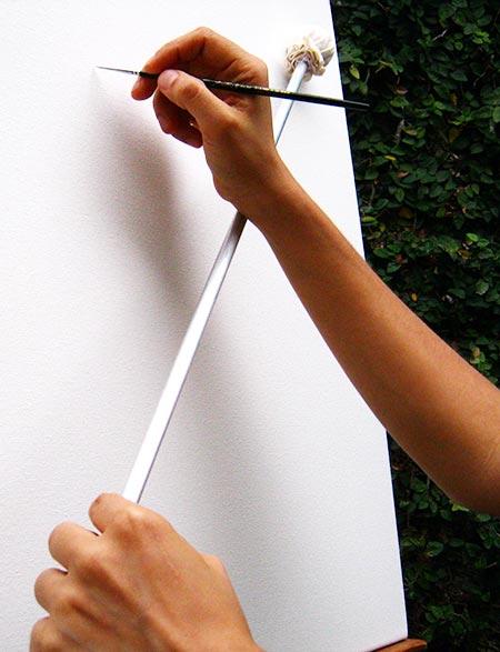 Herramienta para pintura realista tiento o mahl stick for Fotos para cuadros grandes